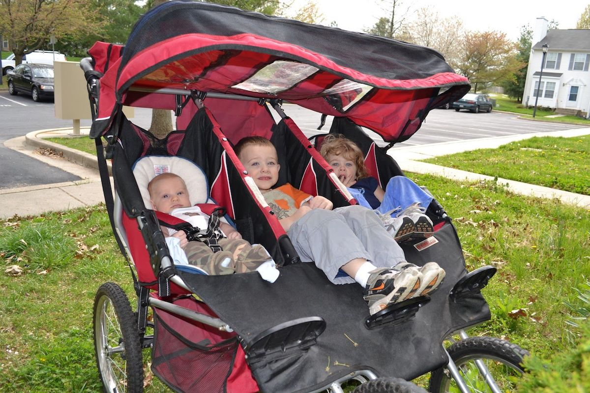 Bebelove triple jogging stroller